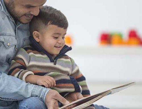 La Lectura Ayuda a su Bebé a Desarrollar su Vocabulario Desde el Parto